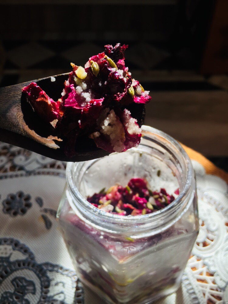 gulkand, a healthy mouth freshener recipe, make it at home
