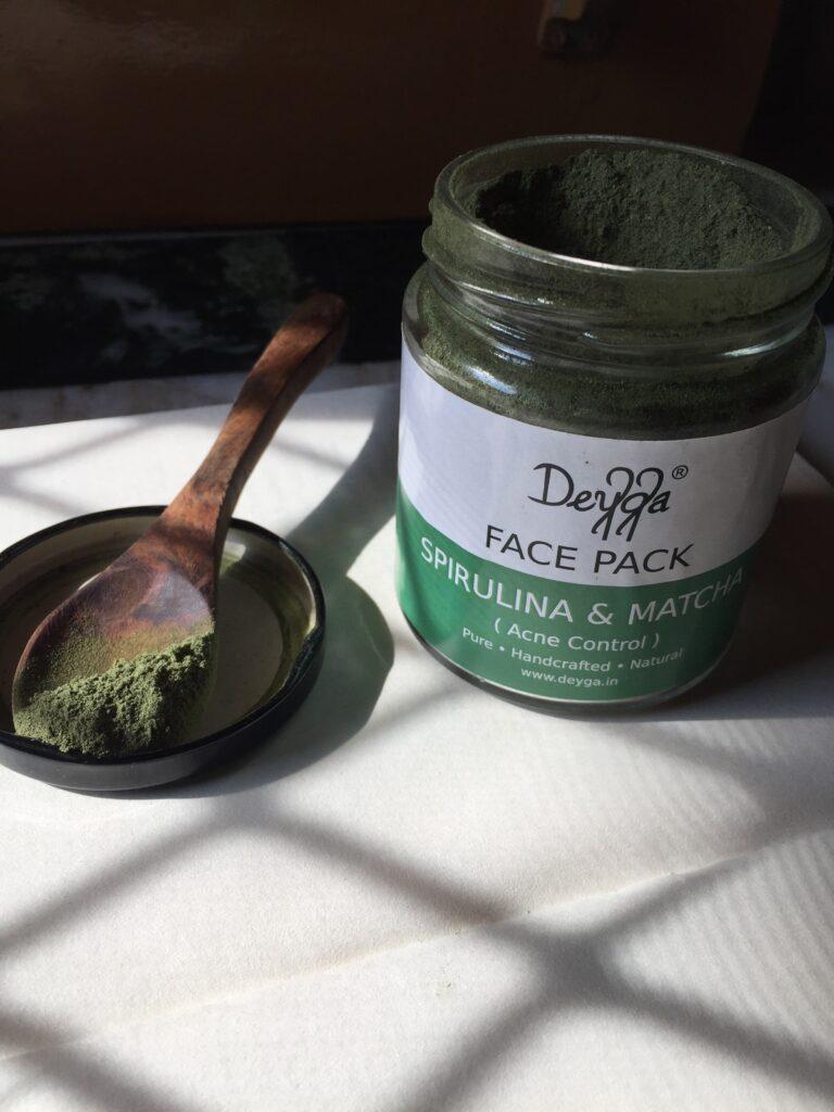 Deyga spirulina and matcha face pack